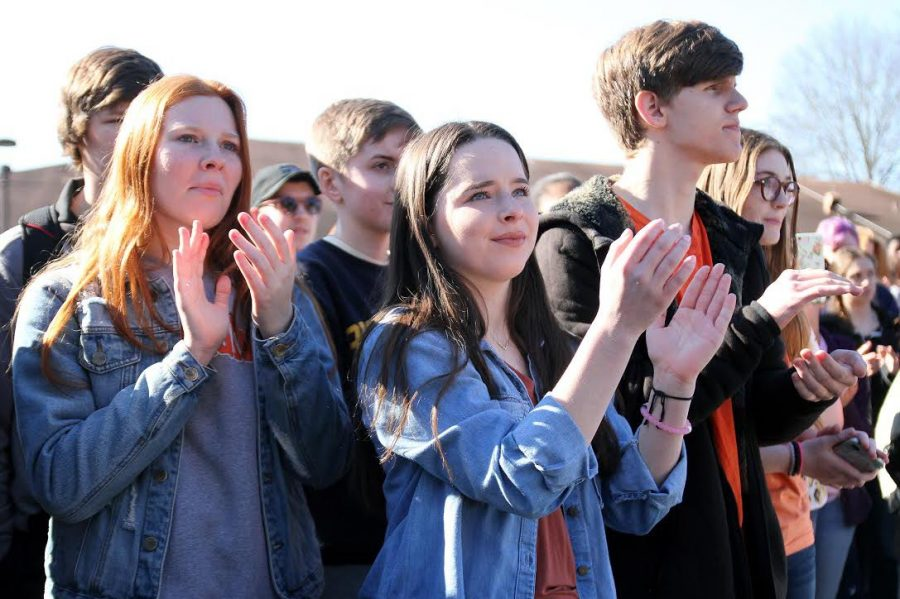 Young Democrats Leaders Organize Student Walk Out